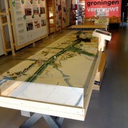 Standaard opgesteld in het informatiecentrum op de Grote Markt in Groningen